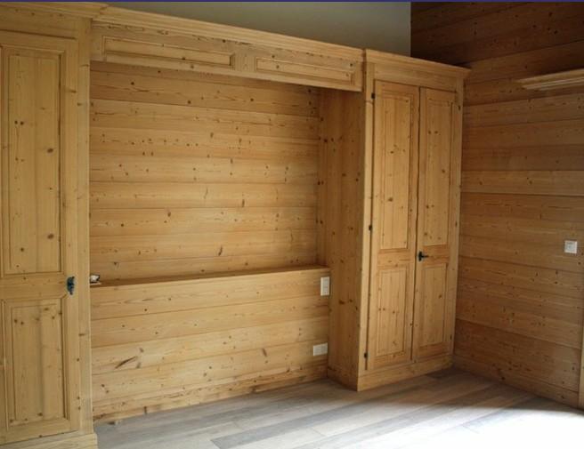 Arredo casa risparmia acquistando dal produttore - Mobili in legno di pino ...