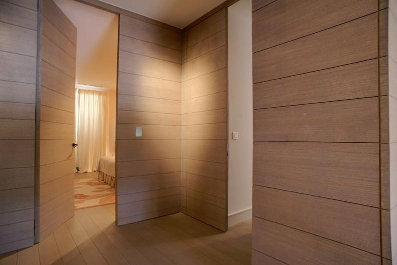 boiseries. Black Bedroom Furniture Sets. Home Design Ideas