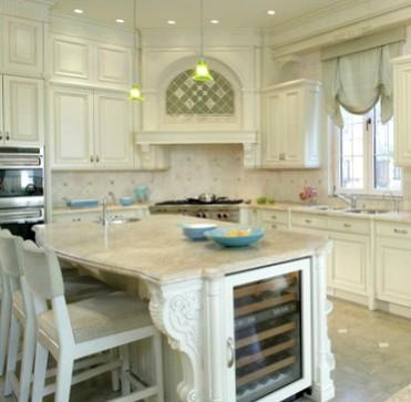 Mobili su misura arredamenti su misura di qualit cucine for Case con grandi cucine in vendita