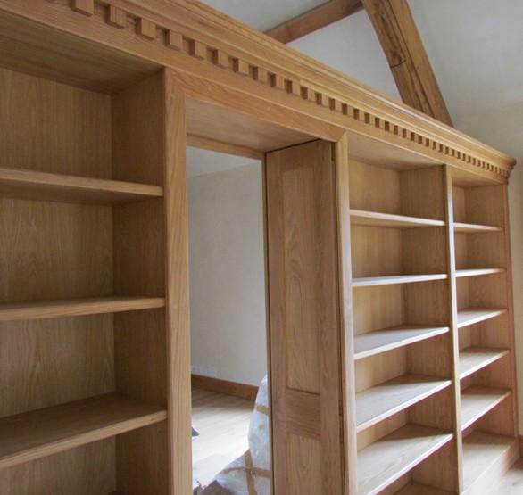 librerie a ponte in legno