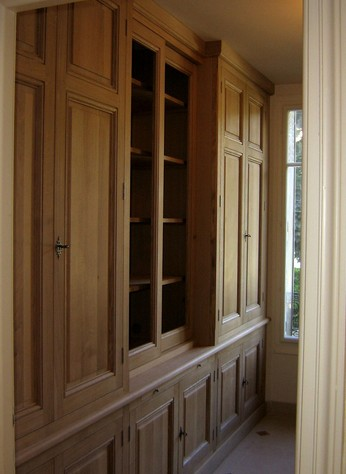 mobili librerie chiuse