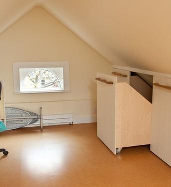 ... misura di qualità: Mobili per mansarda-Costruiamo lo spazio su misura
