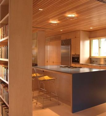 Cucine in legno da montagna fabbrichiamo su misura con for Cucine di montagna
