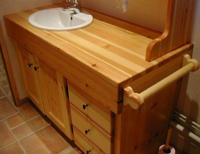 Arredamento bagno casa montagna for Arredamento mobili casa