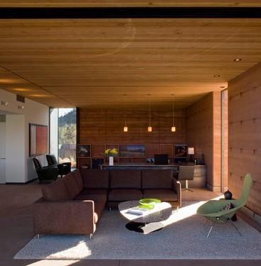 Luci Soffitto Legno: Illuminazione tetto legno vista una mansarda ripensata.