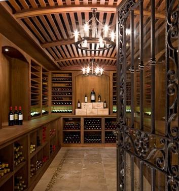 Arredamento cantina casa migliori posate acciaio inox for Arredamento cantina vino