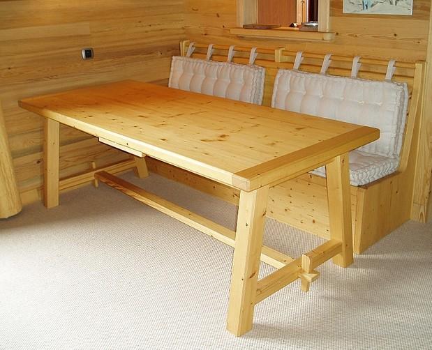 Tavolo da pranzo con panca design casa creativa e mobili - Panca da interno ...