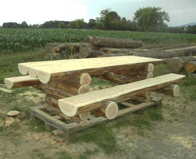 Mobili su misura arredamenti su misura di qualit tavoli - Costruire un tavolo in legno per esterno ...