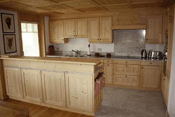 Arredamenti rustici torino fabbrichiamo la tradizione for Piccole case in stile toscano